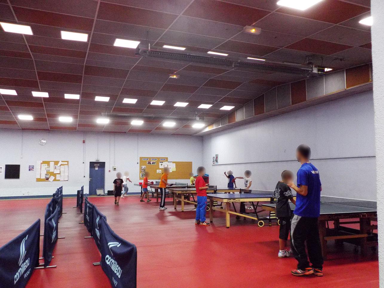 tennis-de-table-roanne-neolux-3